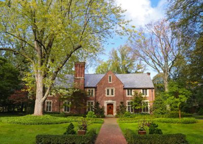 photo of Brick Colonial style home in Houston Barnard neighborhood